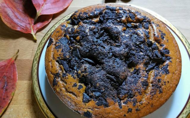 Torta di castagne, pere e cioccolato