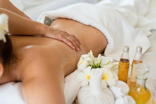 Massaggi e Benessere Ayurvedico a Igea Marina. Ecco la novità di  Hotel Luxor Veg